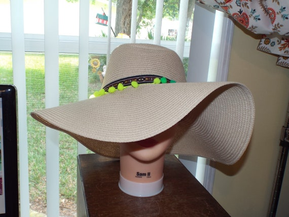 1990s Summer Floppy Straw Hat, Hat With Pompoms - image 2