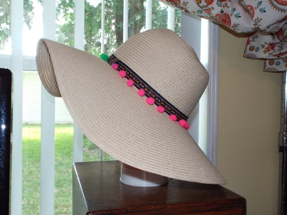 1990s Summer Floppy Straw Hat, Hat With Pompoms - image 3