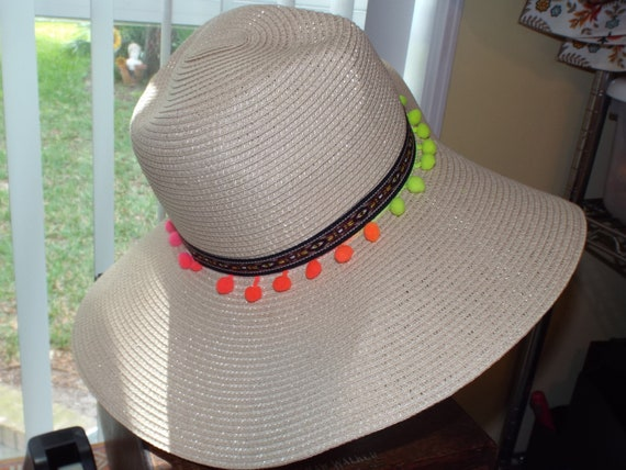 1990s Summer Floppy Straw Hat, Hat With Pompoms - image 6