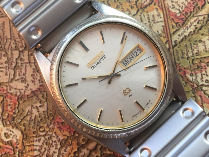 quite nice 5d491 bb898 Seiko SQ Watch, Mens Vintage Watch, Day Date, Perfect Gift for the Man in  Your Life, High Quality Quartz Battery Movement, 1980s