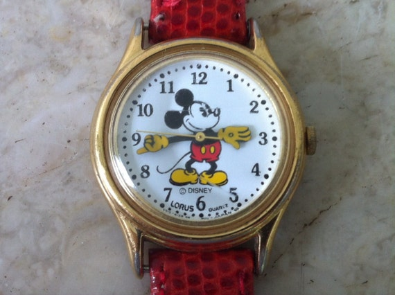 Mickey Mouse Watch Value >> Mickey Mouse Watch Vintage Womens Watch Hands Tell Time Retired Disney Ladies Lorus Mickey Mouse Watch Scarce Pie Eyed Lorus Quartz