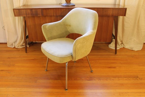 Attrayant Vintage Overman, Knoll Type Pod Chair To Be Done In Fabric Of Your Choice