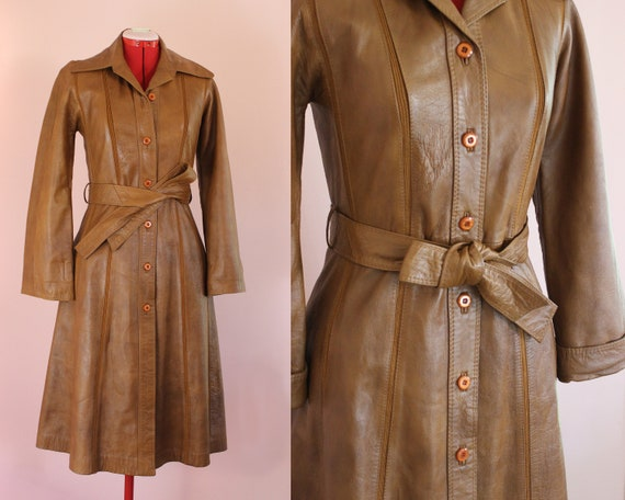 Sexy Strong Leather Trench || 1970s || Size Medium