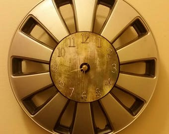 """15.5"""" Hubcap clock finished with numbers"""