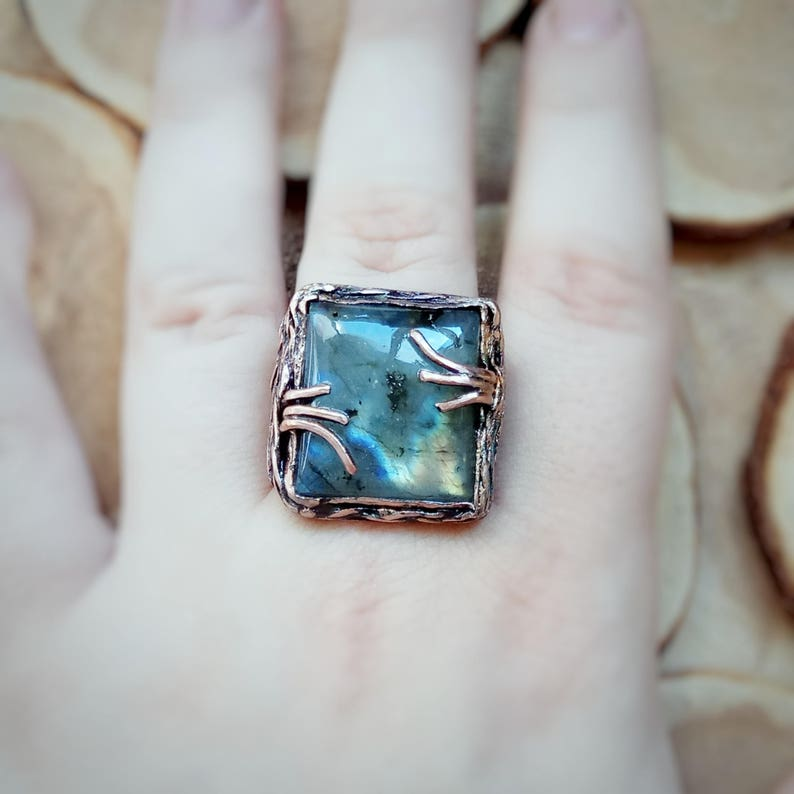 Wire wrapped ring Big stone ring Wire wrap ring Gemstone ring. Bands unique ring Copper ring with labradorite Boho rings Hippie rings