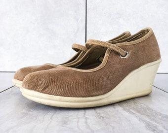 2e60c66e953 Steve Madden Brown Corduroy Mary Jane Wedge   Vintage Slip On   Size 6.5-7