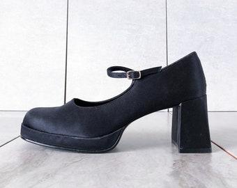 93b7ed22d57d 90 s Steve Madden Black Satin Mary Jane   Block Heel   Size 9