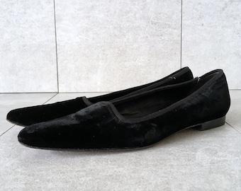 13f0b6732428 90 s Ralph Lauren Black Velvet Flat   Vintage Pointed Toe Flat   Size 8.5 B