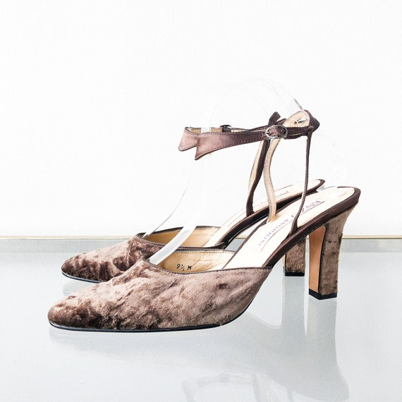 90's Cocoa Crushed Velvet Ankle Strap Heels / Size