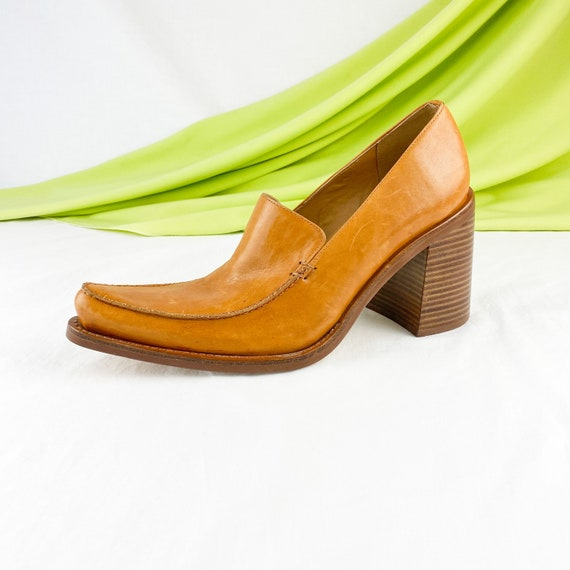90's Cognac Leather Chunky Loafers / Block Heels /
