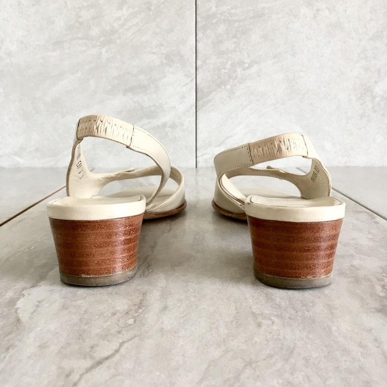 5ece2f1f349 Vintage Salvatore Ferragamo Cream Leather Slingback Sandal
