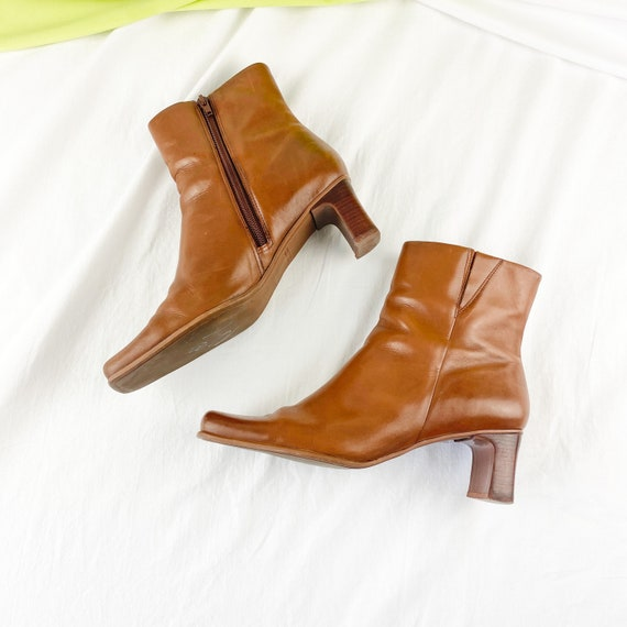 90's Cognac Leather Square Toe Ankle Boots / Size… - image 1