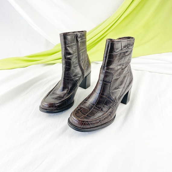 90's Crocodile Leather Ankle Boots / Block Heels … - image 3