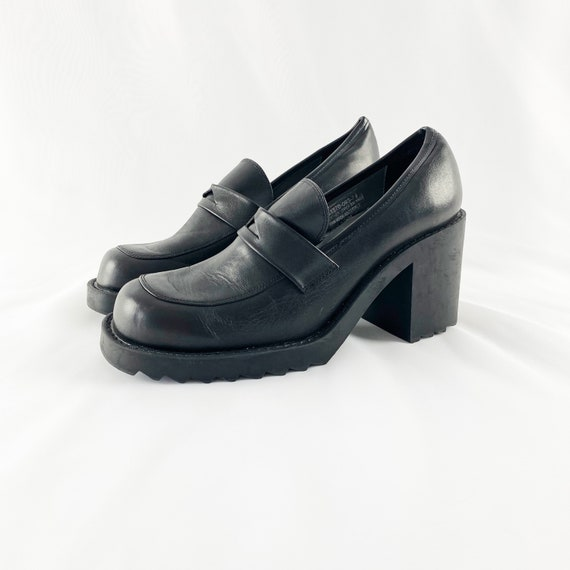 90's Black Leather Chunky Loafers / Block Heels /