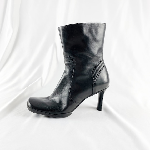 90's Black Leather Square Toe Ankle Boots / Sporty