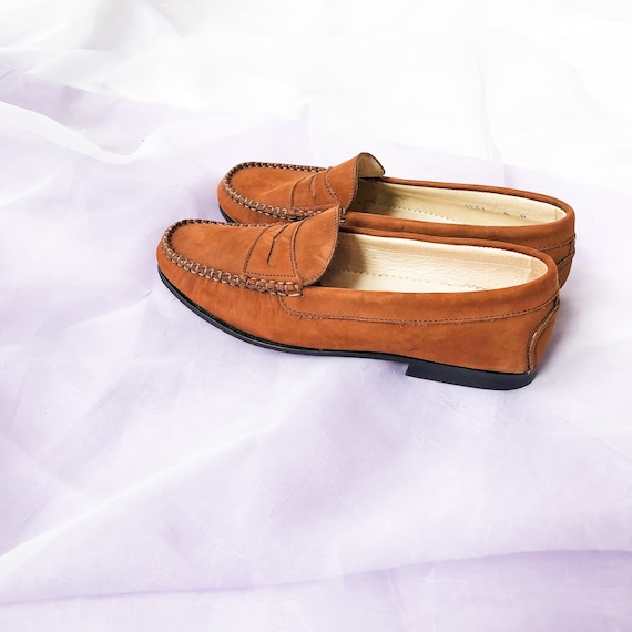 90's Cognac Suede Loafers Flats / Size 6