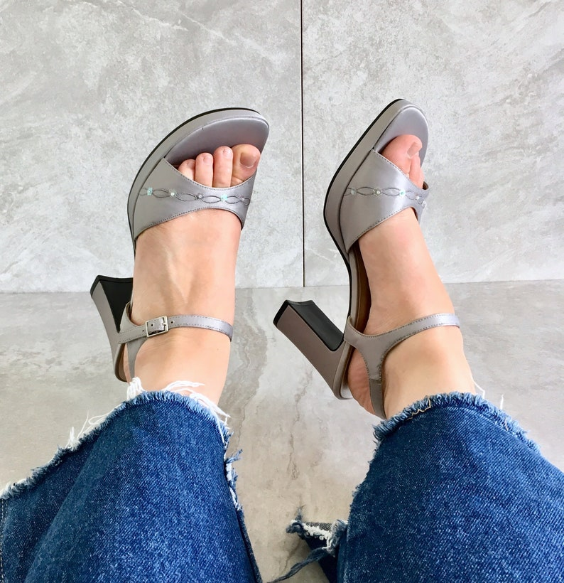 b290c44235aa0 90's Silver Platform Mary Jane Sandal / Vintage Strappy Chunky Heel / Size  8.5 M