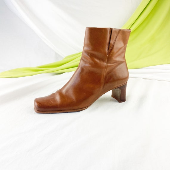 90's Cognac Leather Square Toe Ankle Boots / Size… - image 2