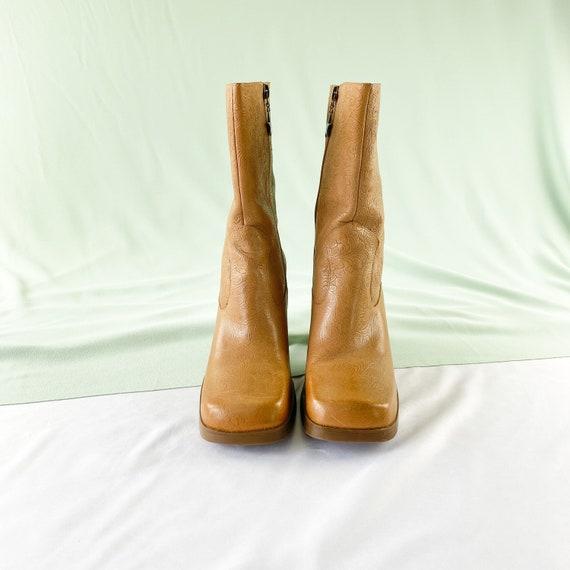 90's Tommy Hilfiger Tan Square Toe Midi Boots / B… - image 3