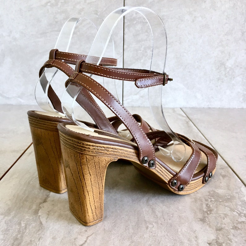 CLEARANCE 90/'s Brown Leather Strappy Sandal  Ankle Strap  Studded Clog  Size 7M