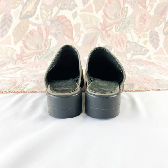 90's Gray Suede Mules Flats / Size 5.5 - image 6