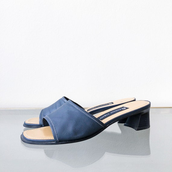 new style exclusive range size 7 90's Navy Blue Slide Sandal / Block Heel / Size 5.5