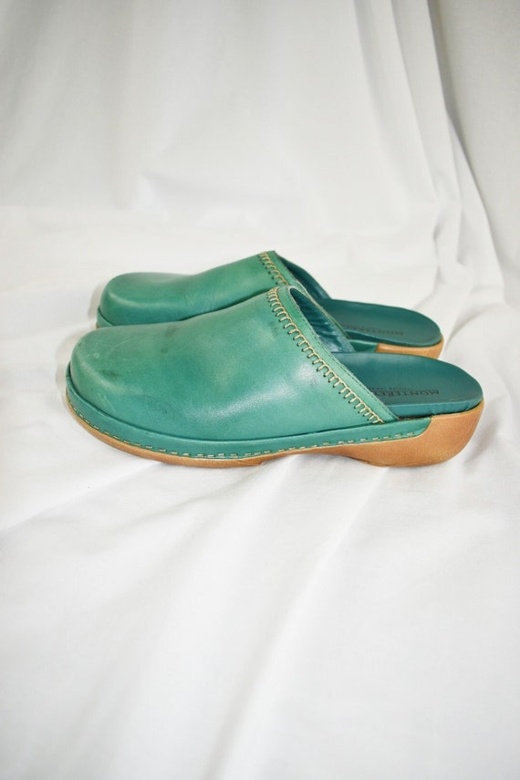 Vintage Teal Green Leather Clogs / Mules / Size 7