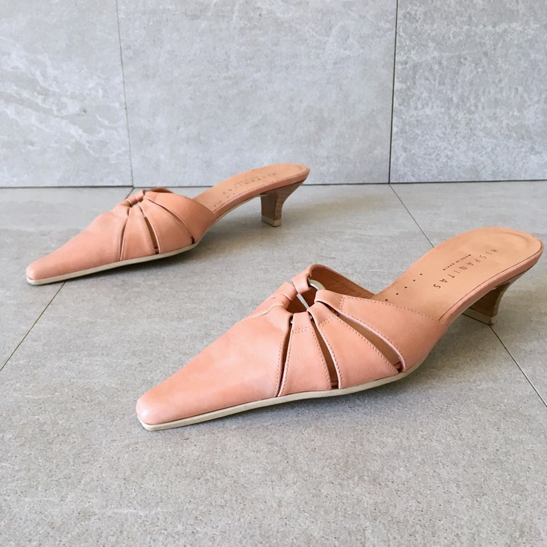6acb0a813b3 90 s Pale Pink Leather Mule   Vintage Kitten Heel   Slip