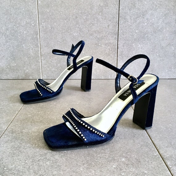 fcde29464b494 CLEARANCE 90's Blue Velvet Silver Ankle Strap Heel / Strappy Sandal / Size  10