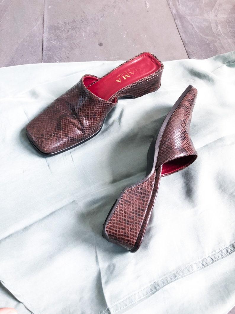 90/'s Brown Snakeskin Mules  Block Heel  Size 8