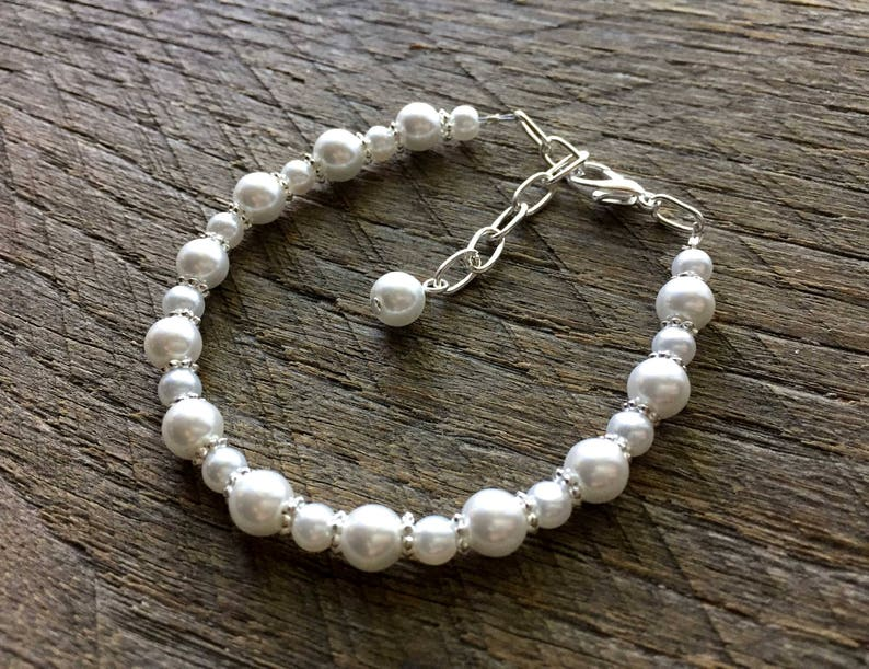 Wedding Bracelet on Silver or Gold Chain Flower Girl Jewelry Flower Girl Bracelet Pearl Child Bracelet Simple Pearl Bracelet