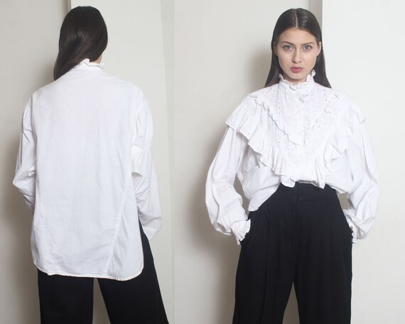 white ruffle blouse os