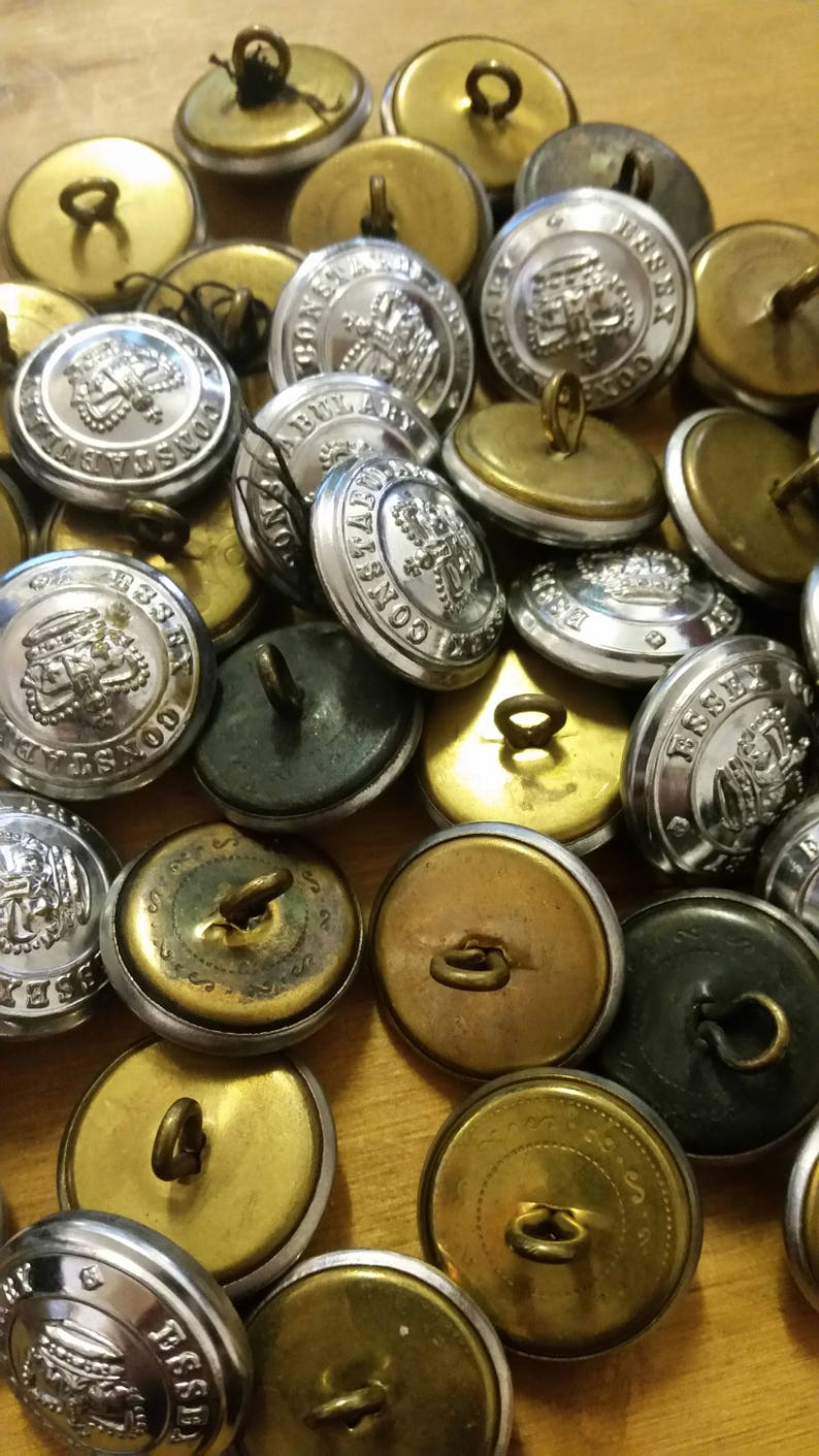 6 Vintage Essex Constabulary UK Police Metal Buttons