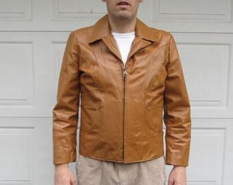 49b7c260f1d 1970s Men s Vintage Deerskin sport tog vintage leather