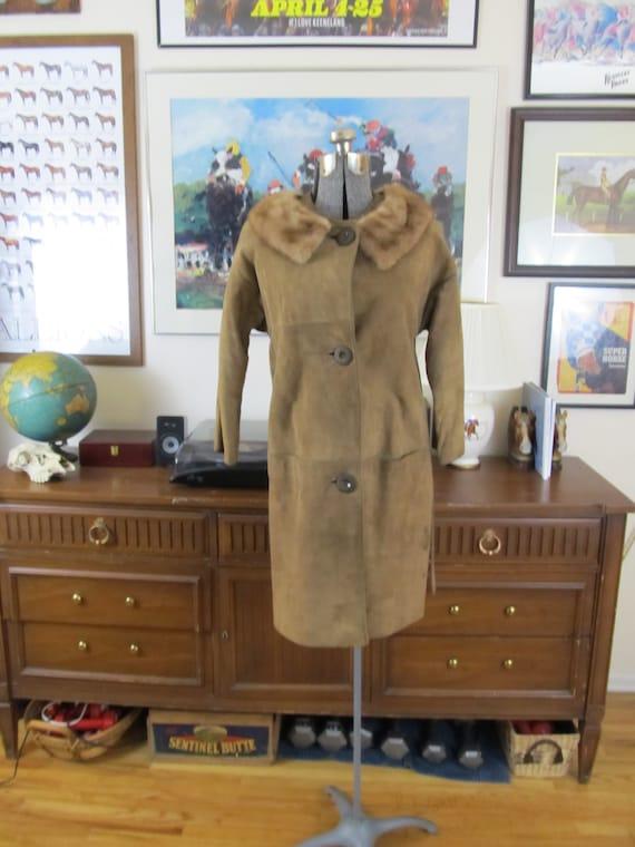 1960s vintage suede coat with fur collar, real fur