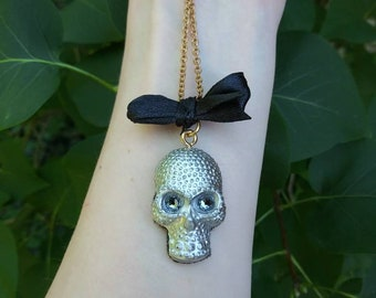 Silver Skull Memento Mori Necklace || Silver-toned resin skull with gray rhinestones
