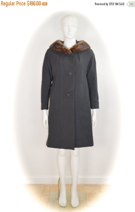ON SALE black mod 60s swing coat with mink collar: