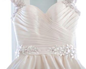 Gold bridal belt, pearls bridal sash, gold leaf belt, Silver leaf bridal belt, vintage Belt, Wedding sash belt, Rose Gold Belt,Style 4005