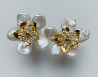 SALLY earrings, wedding earrings, bridal earrings, pearl earrings, floral earrings, wedding accessories, bridal jewelry, pearl jewelry