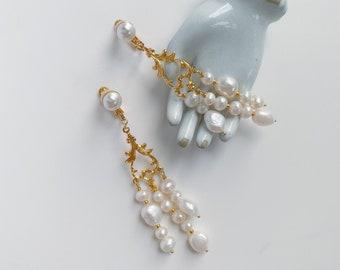 MIRAZ Chandelier earrings, Bridal Accessories, Wedding Bride, Drop Earrings, Bridal Style, Bridal Jewelry, Pearl