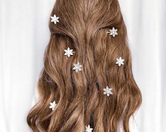 YOLANDA - Crystal hair pins, flower headpieces, bridal hair style, bridal jewelry, wedding accessories, hair style, floral hair jewelry