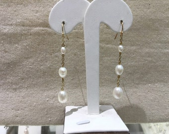 Long Dangle pearl earrings/ 3 pearl earrings/ Bridal pearl earrings/ Mothers day gift