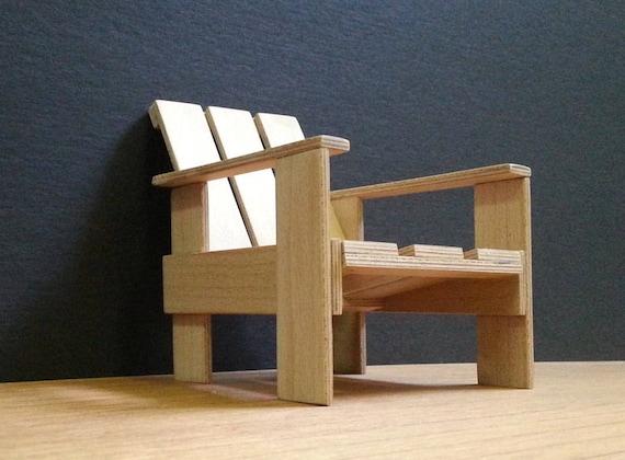 Miniatuur Rietveld Stoel : Gerrit rietveld krat stoel collectable miniatuur meubels etsy