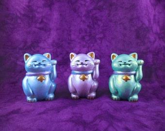 Cheeky Maneki Neko Beckoning Lucky Cat Pearlescent Blue / Lilac / Green Figure Ornament