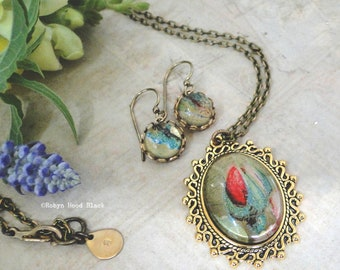Shimmering Rose and Green 1910 Postcard Images in Necklace & Earrings Set