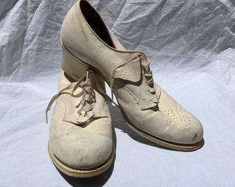 7b0ad016f7d89 1940s Oxford Nurse Shoes