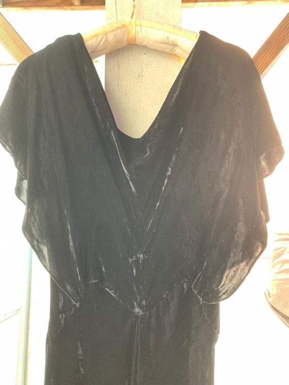 1930s Black Silk Velvet Bias Cut  Evening Gown - image 2