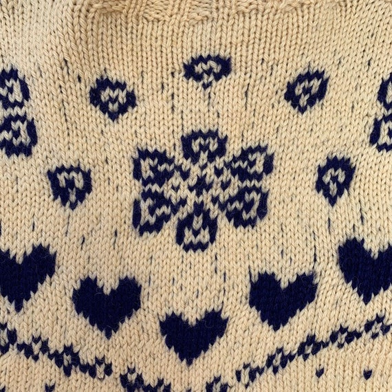 Vintage 1930s Hand Knit Blue Heart Sweater Cutsie… - image 8