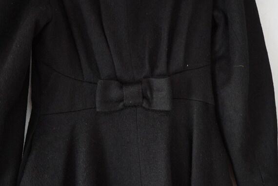 1950's Black Princess Seam Wool Coat - image 3