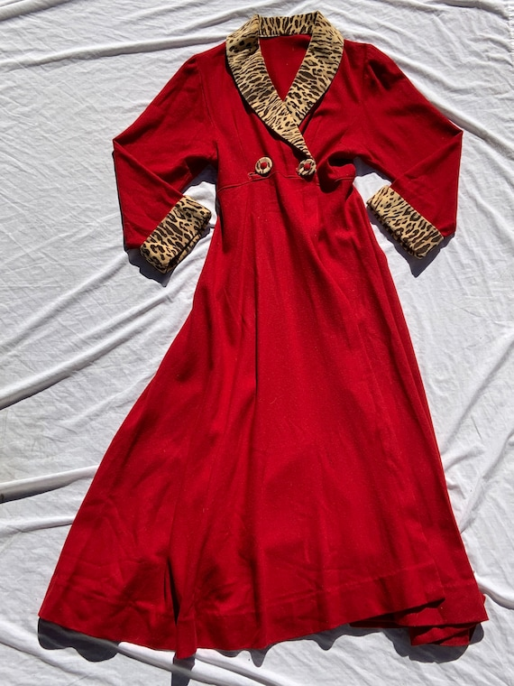 1940s Red Wool Robe/Coat With Leopard Velvet Detai
